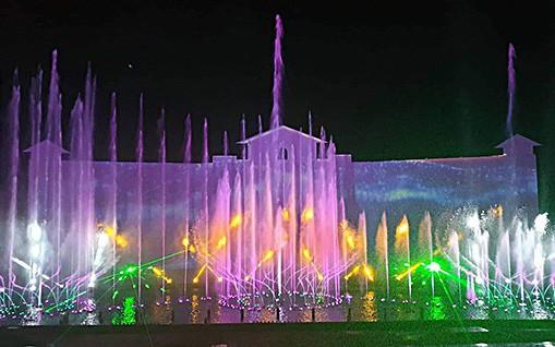 Bà Rịa Vũng Tàu: Chương trình trình diễn nhạc nước độc đáo tại Hồ Mây Park