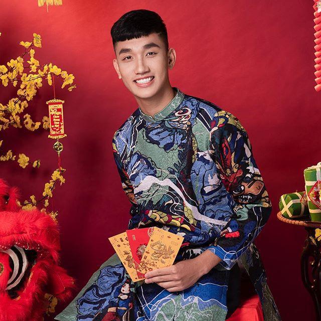 Tết Kỷ Hợi: Hội cầu thủ Việt cực đẹp trong áo dài cách tân - Ảnh 7.