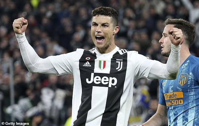 HLV Zidane hé lộ thời điểm đưa Cristiano Ronaldo về lại Real Madrid? - Ảnh 2.