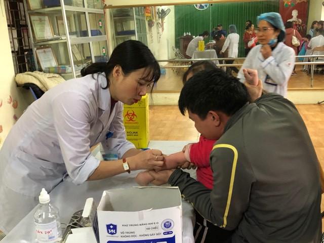 Vụ hàng trăm học sinh mầm non nhiễm sán lợn ở Bắc Ninh: UBND huyện không biết thông tin về công ty Hương Thành - Ảnh 1.
