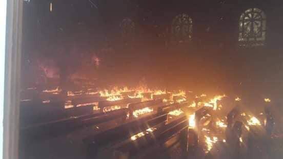 Hà Tĩnh: Cháy lớn ở nhà thờ Công giáo, nhiều tài sản bị thiêu rụi - Ảnh 4.
