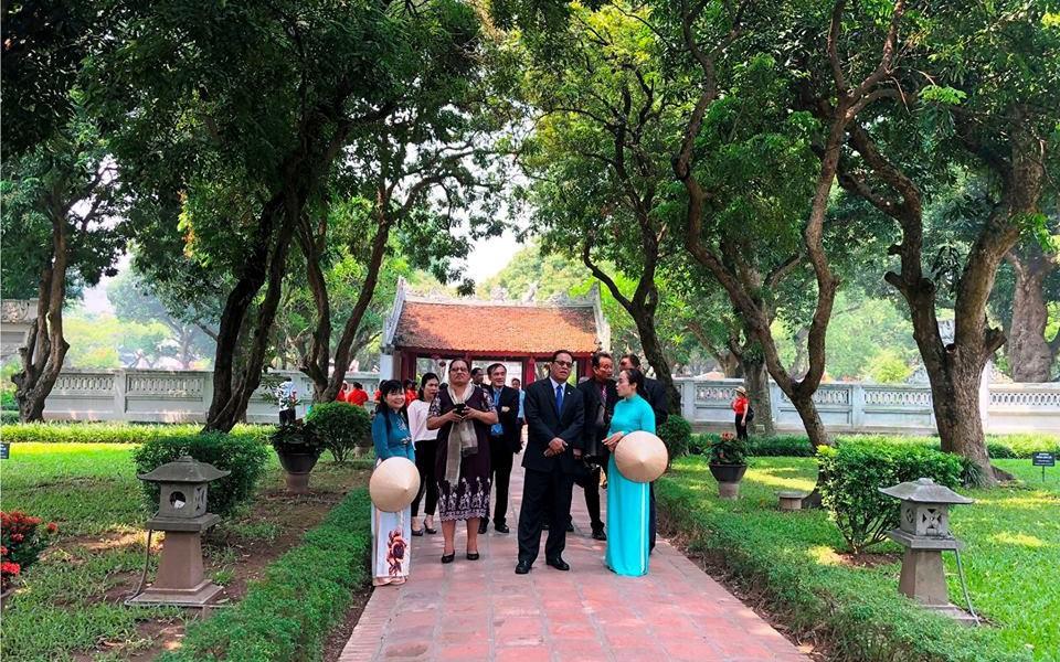 Khách du lịch quốc tế đến Hà Nội tiếp tục tăng so với cùng kỳ năm trước
