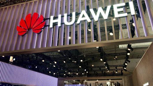 Vượt sóng dữ đạt kỷ lục khủng, Huawei tiếp tục hứng bão tố mới - Ảnh 1.