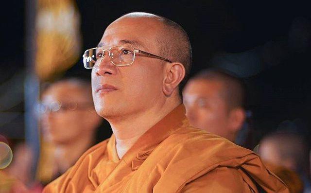 """Sư trụ trì chùa Ba Vàng sám hối 49 ngày vì để xảy ra nghi thức """"cúng oan gia trái chủ"""" - Ảnh 1."""