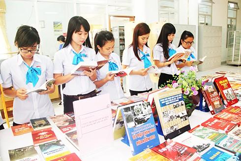 Nhiều hoạt động hưởng ứng Ngày Sách Việt Nam trên địa bàn tỉnh Khánh Hòa - Ảnh 1.