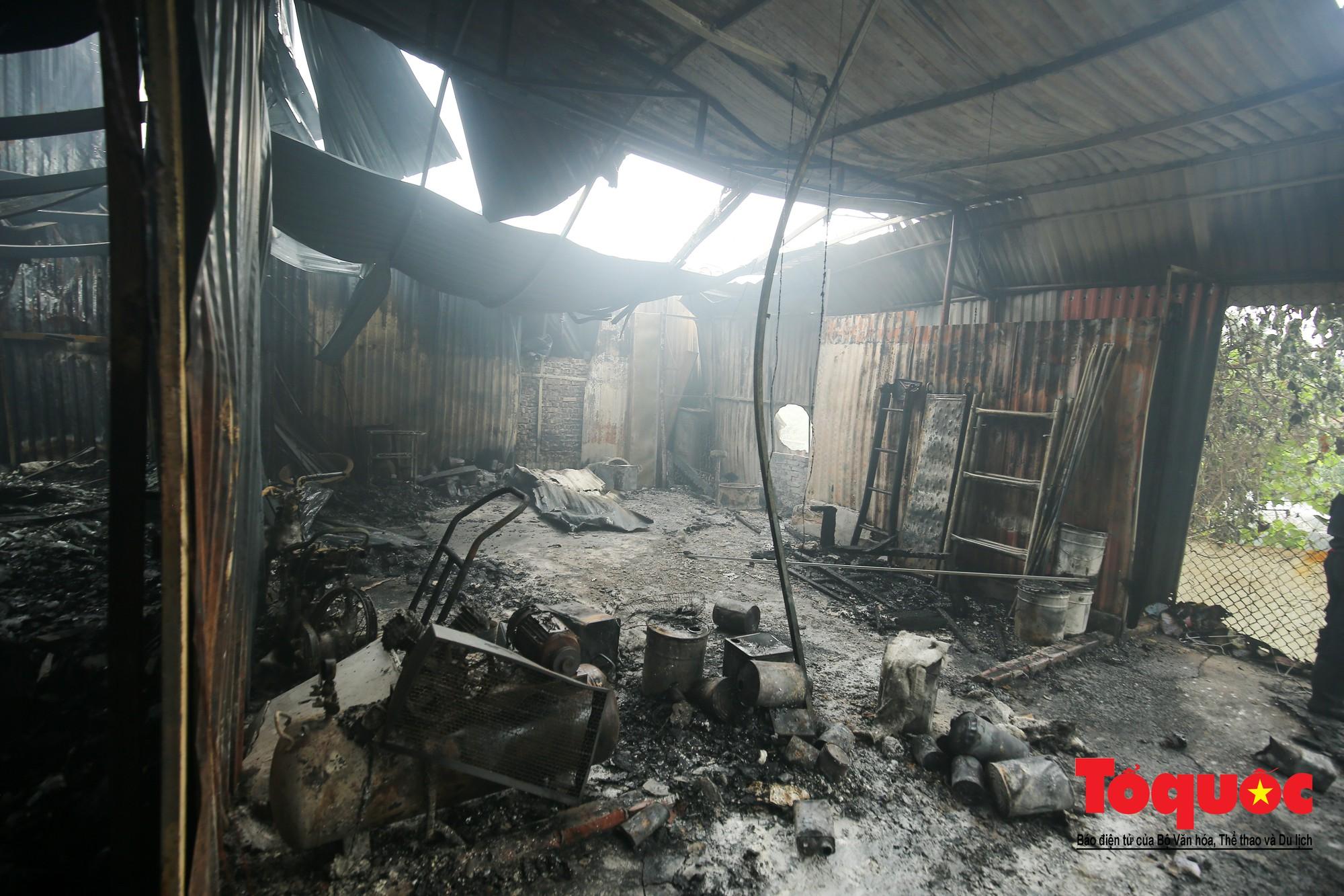 Cận cảnh hiện trường vụ Cháy thảm khốc ở Trung Văn, 8 người chết và mất tích - Ảnh 16.