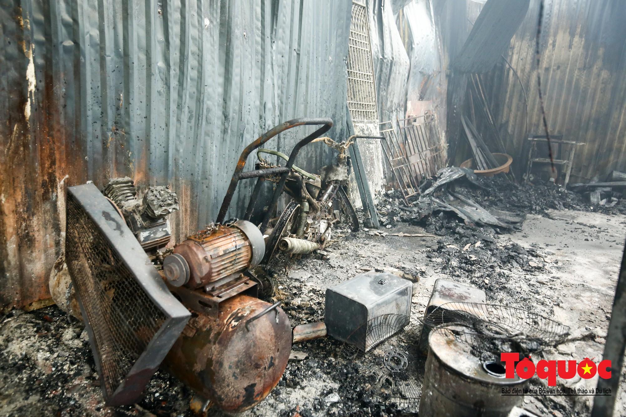 Cận cảnh hiện trường vụ Cháy thảm khốc ở Trung Văn, 8 người chết và mất tích - Ảnh 15.