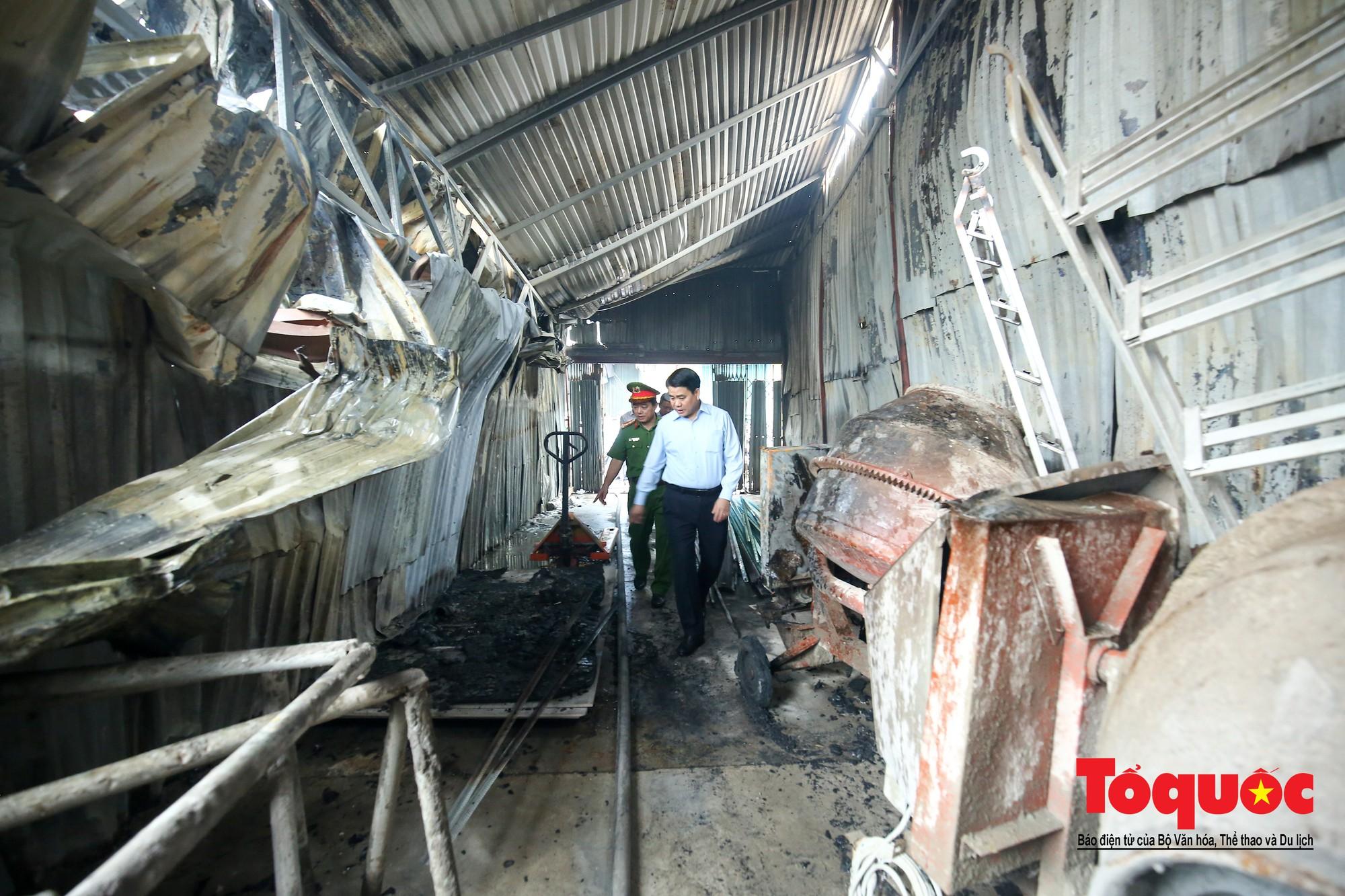 Cận cảnh hiện trường vụ Cháy thảm khốc ở Trung Văn, 8 người chết và mất tích - Ảnh 8.