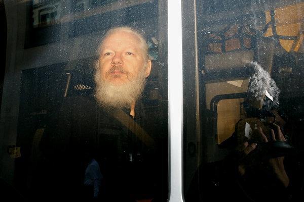 Số phận nhà sáng lập WikiLeaks trước đầu sóng, bí ẩn Nga vẫn chờ lời giải - Ảnh 2.
