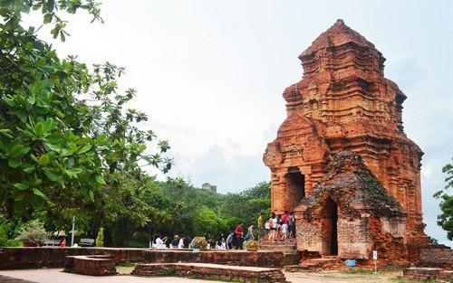 Bình thuận: Miễn phí cho học sinh đến tham quan Di tích kiến trúc nghệ thuật tháp Pô Sah Inư