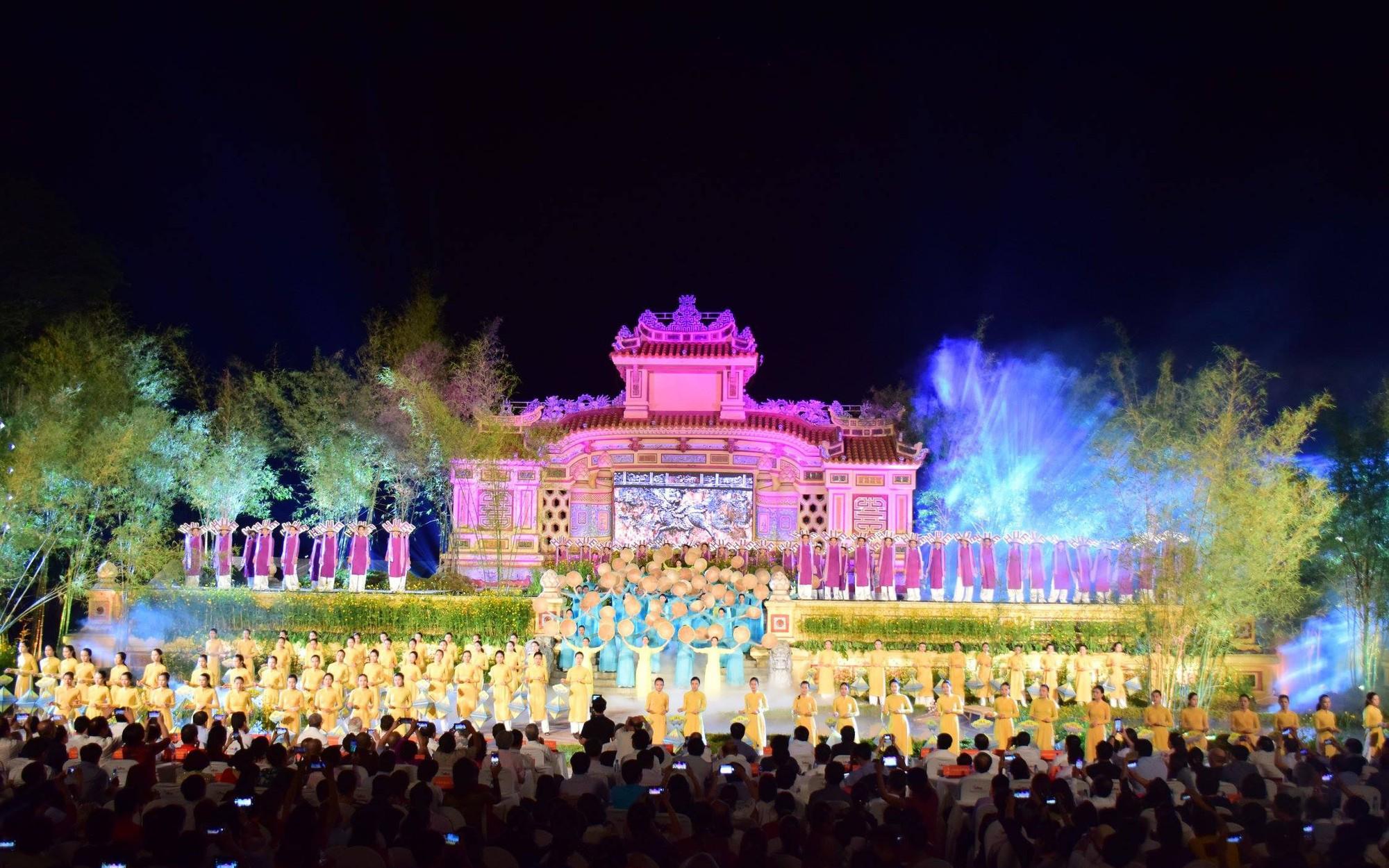 Chính thức khai hội Festival nghề truyền thống Huế năm 2019