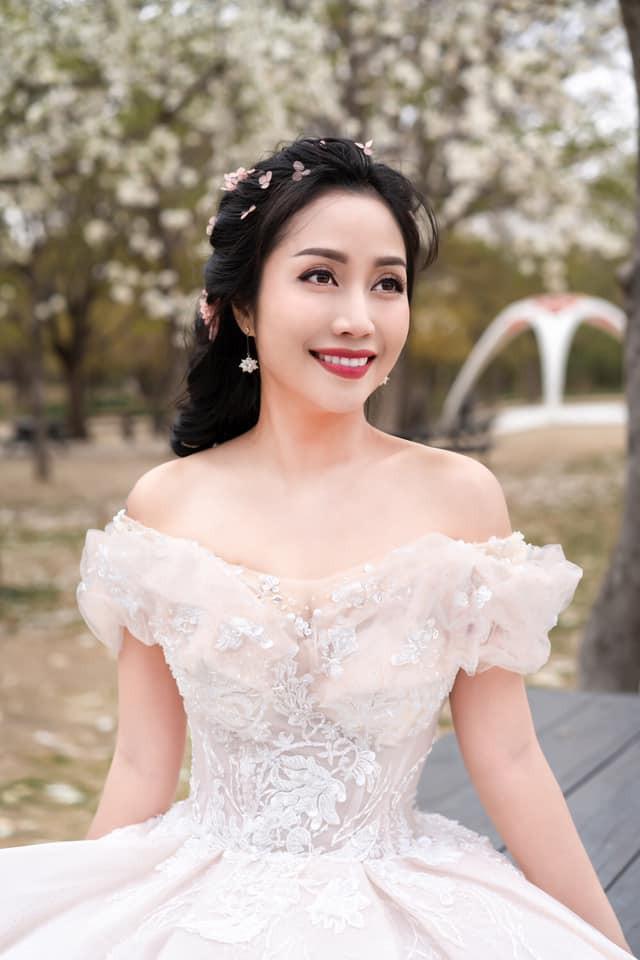 Ốc Thanh Vân khoe ảnh cưới chụp tại Hàn Quốc, vô tình để lộ hình xăm gợi cảm - Ảnh 12.