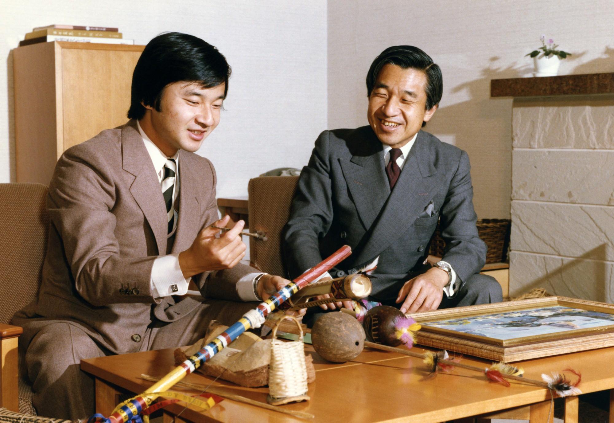 Nhật Hoàng Akihito: Vị hoàng đế của nhiều lần đầu tiên - Ảnh 7.