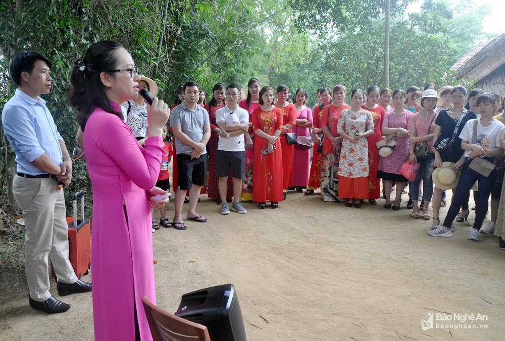 Hơn 27.000 lượt khách về thăm quê Bác trong 2 ngày đầu dịp lễ