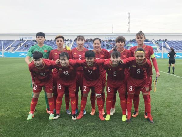Xuất sắc đả bại Uzbekistan, tuyển nữ Việt Nam ẵm trọn 3 điểm trận ra quân vòng loại Olympic 2020 - Ảnh 1.