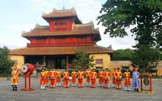Thừa Thiên Huế: Phát triển và nâng cao chất lượng các sản phẩm du lịch văn hóa di sản