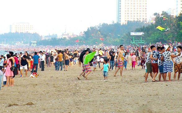 Nghệ An phấn đấu đến năm 2020 thu hút trên 5 triệu lượt khách du lịch lưu trú