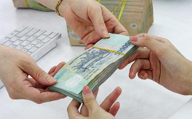 Từ 1/7, lương cơ sở tăng thêm 100.000 đồng/tháng  - Ảnh 1.