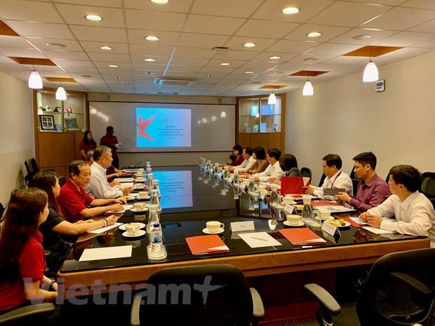 Việt Nam-Singapore đẩy mạnh hợp tác giao lưu nhân dân, văn hóa - Ảnh 1.