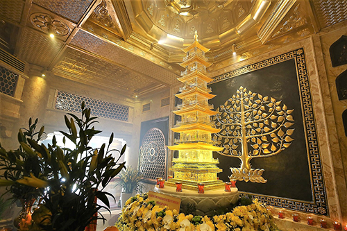 Tiếp nối chuỗi hoạt động tại Việt Nam, đoàn đại biểu Vesak quốc tế sẽ làm lễ cầu an trên đỉnh thiêng Fansipan - Ảnh 6.
