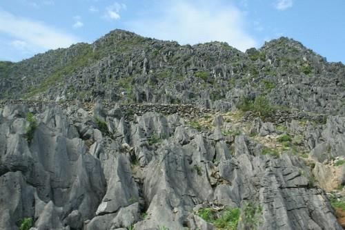 Công viên địa chất toàn cầu UNESCO Cao nguyên đá Đồng Văn: Đòn bẩy phát triển du lịch Hà Giang - Ảnh 1.