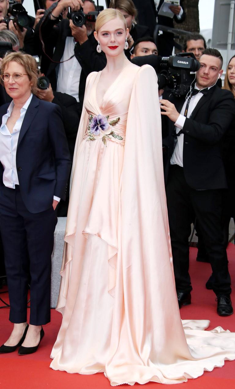 Thảm đỏ LHP Cannes 2019: Đốn tim ngay ngày đầu tái xuất? - Ảnh 7.