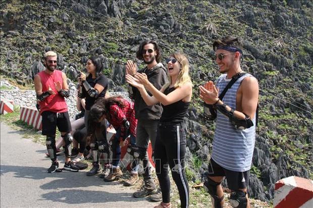 Công viên địa chất toàn cầu UNESCO Cao nguyên đá Đồng Văn: Đòn bẩy phát triển du lịch Hà Giang - Ảnh 2.