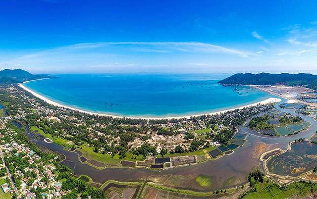 Công bố Quy hoạch tổng thể phát triển Khu du lịch quốc gia Lăng Cô - Cảnh Dương - Ảnh 1.