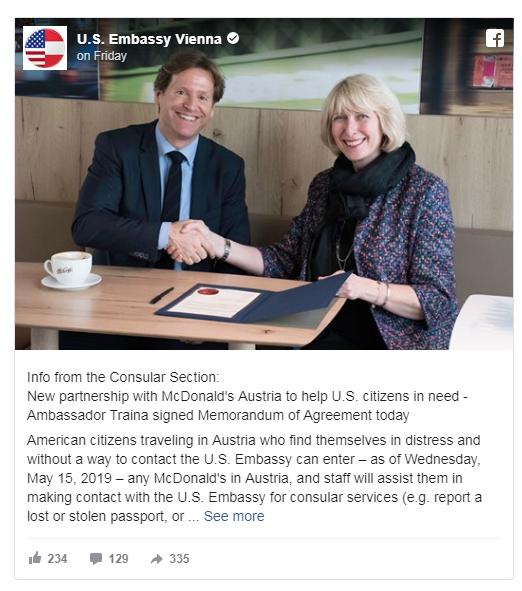 Áo: Bất ngờ loạt cửa hàng McDonalds cạnh tranh dịch vụ với đại sứ quán Mỹ - Ảnh 1.
