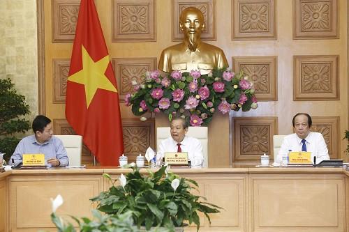 Thủ tướng Chính phủ đã ban hành nhiều văn bản chỉ đạo về cải cách thủ tục hành chính tạo thuận lợi cho người dân và doanh nghiệp - Ảnh 1.