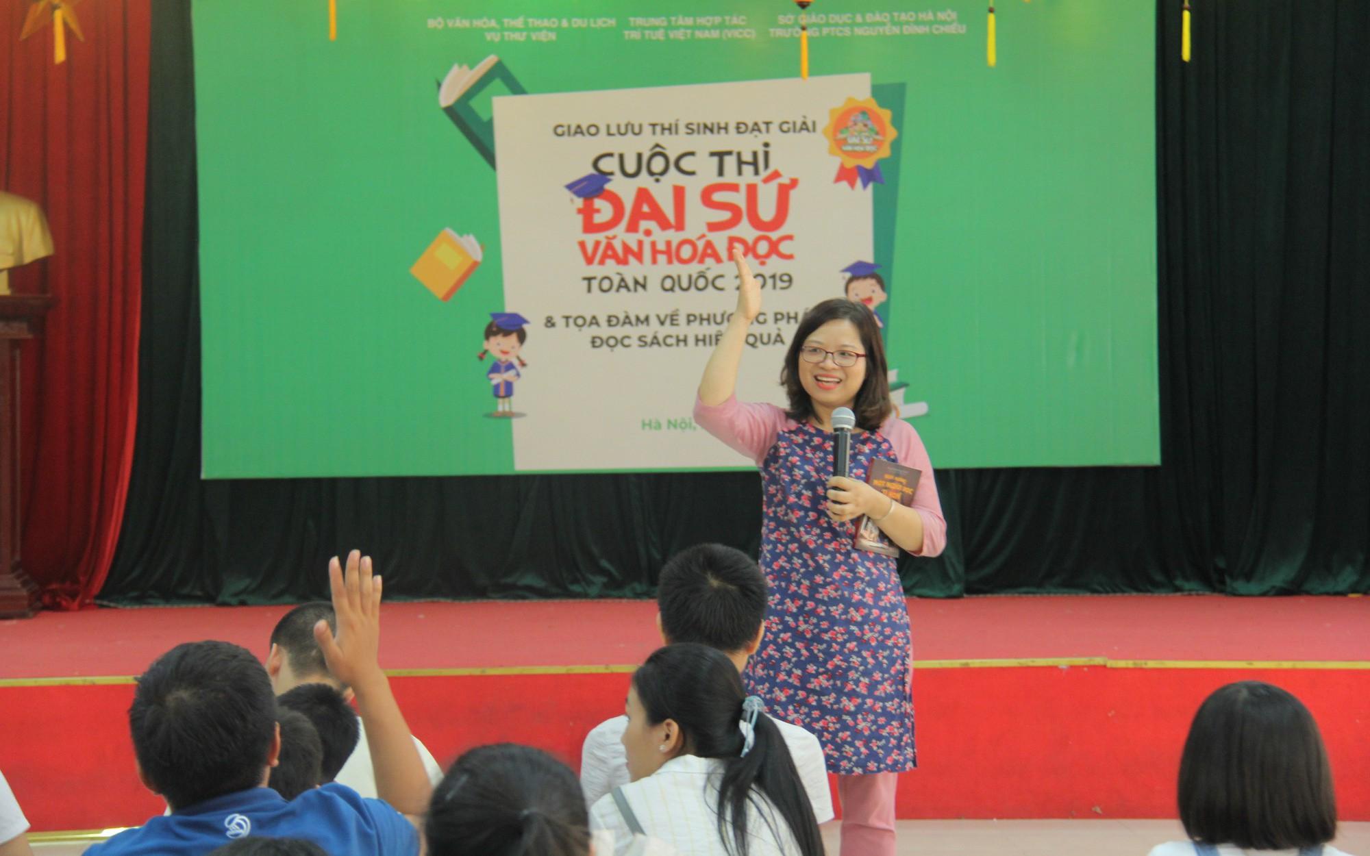 Giao lưu các thí sinh đạt giải Cuộc thi Đại sứ Văn hóa đọc năm 2019