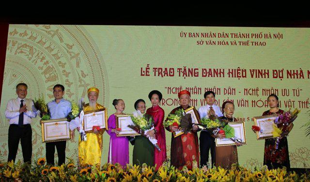 44 cá nhân được trao tặng và truy tặng danh hiệu Nghệ nhân nhân dân, Nghệ nhân ưu tú - Ảnh 1.