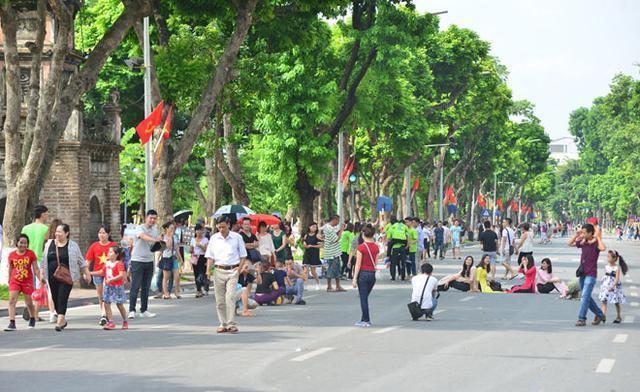 Du lịch Hà Nội tạo sức hút trong dịp nghỉ lễ 30/4 và 1/5 - Ảnh 1.