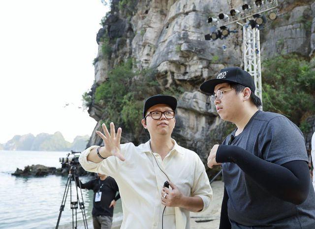 Đạo diễn lên tiếng sau ồn ào người mẫu Việt tố bị đối xử tệ, chịu khát dưới thời tiết hơn 40 độ - Ảnh 2.