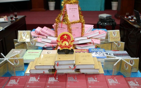 Ký kết hợp tác trong công tác xuất bản giữa Việt Nam – Lào