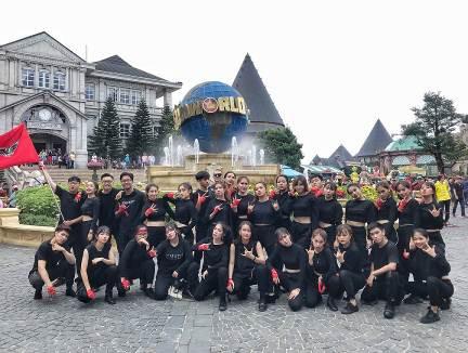 Những màn diễn ấn tượng của Top 16 Flashmob - Sóng tuổi trẻ - Ảnh 11.