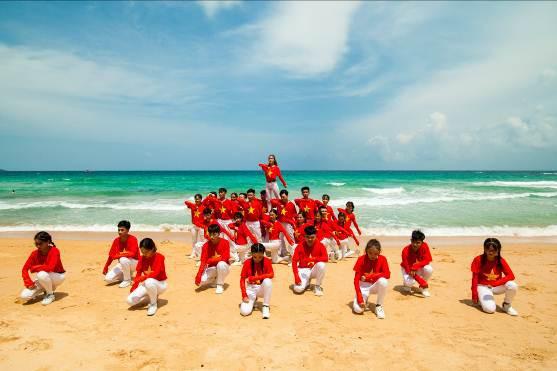 Những màn diễn ấn tượng của Top 16 Flashmob - Sóng tuổi trẻ - Ảnh 13.