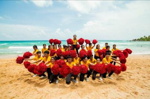 Những màn diễn ấn tượng của Top 16 Flashmob - Sóng tuổi trẻ - Ảnh 14.