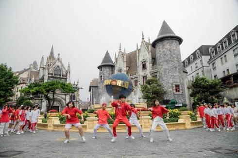 Những màn diễn ấn tượng của Top 16 Flashmob - Sóng tuổi trẻ - Ảnh 8.