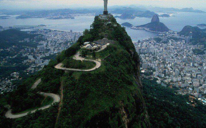 Brazil đón lượng khách du lịch cao kỷ lục nhờ Chương trình Visa điện tử