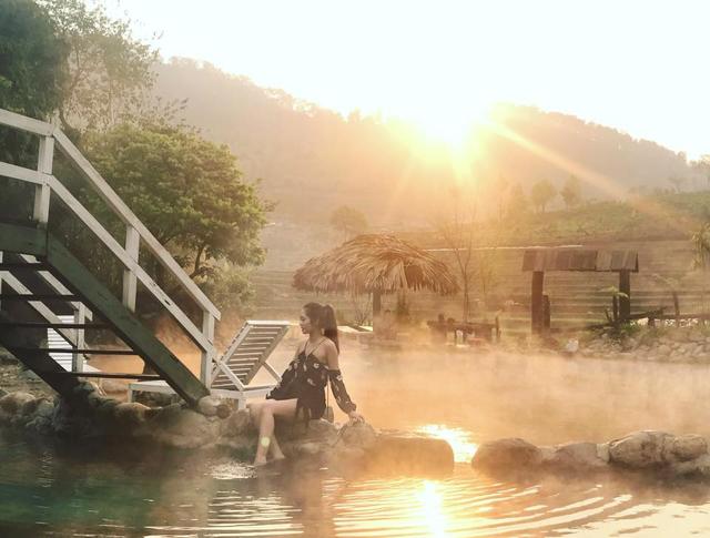 """Check-in suối khoáng đẹp như tiên cảnh """"gây sốt"""" ở Yên Bái - Ảnh 6."""