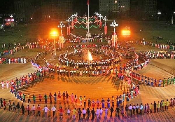 Tuần Văn hóa - Du lịch Mường Lò và Lễ hội khám phá Danh thắng Ruộng bậc thang Mù Cang Chải - Ảnh 1.