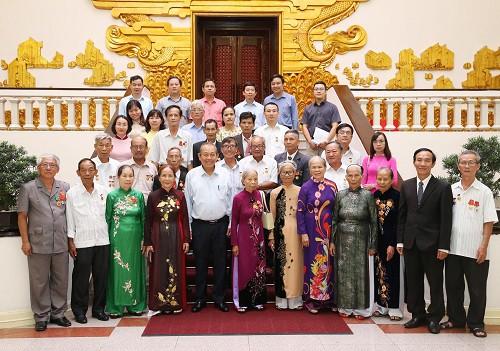 Phó Thủ tướng Trương Hòa Bình: Đảng và Nhà nước luôn ghi nhớ công ơn, có chính sách ưu đãi cho người có công - Ảnh 1.