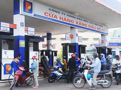 Quỹ bình ổn xăng dầu âm hơn 620 tỷ đồng  - Ảnh 1.