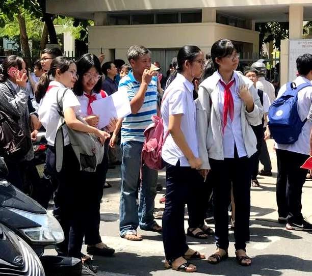 Đà Nẵng công bố điểm thi lớp 10 - Ảnh 1.