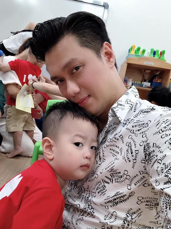 Việt Anh và vợ hot girl Hương Trần chính thức ly hôn - Ảnh 1.