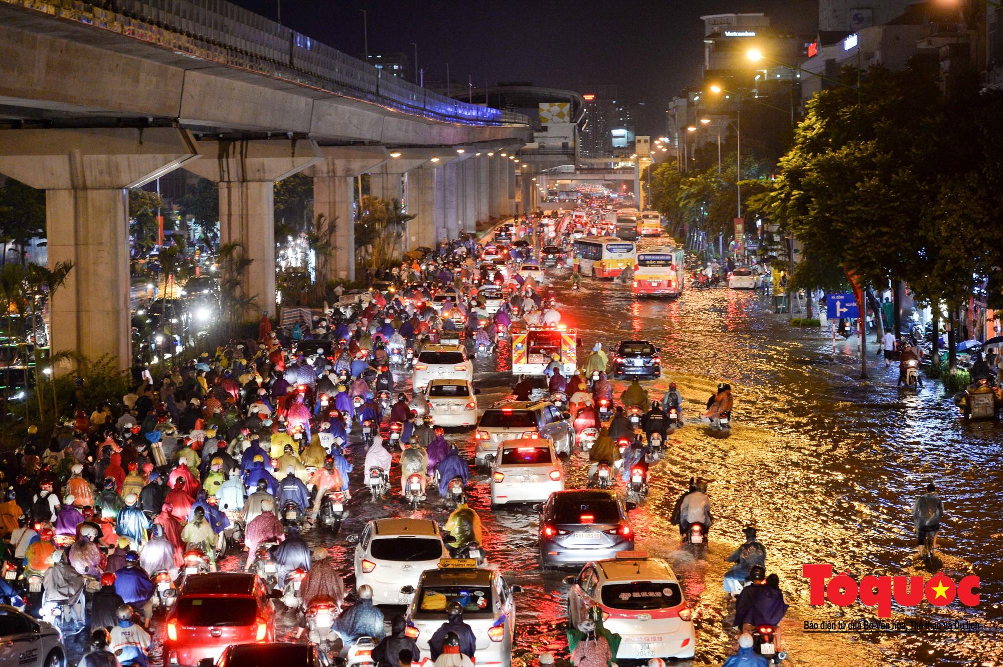 Quy hoạch đô thị nay giãn, mai nở đang bóp nghẹt người dân Hà Nội - Ảnh 6.
