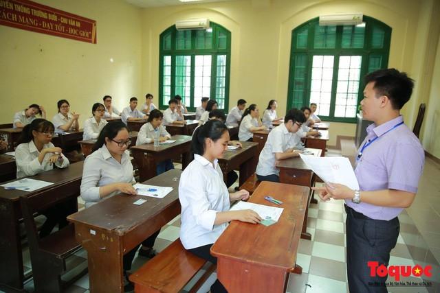 Nhiều địa phương đẩy sớm kiểm tra học kỳ 2 năm học 2020-2021 - Ảnh 1.