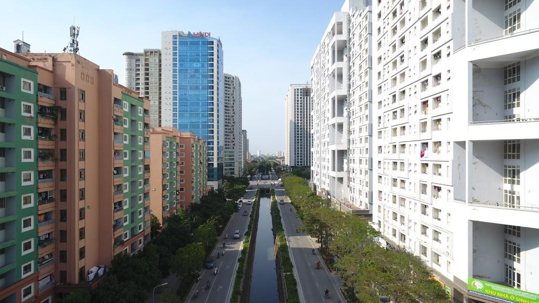 Quy hoạch đô thị nay giãn, mai nở đang bóp nghẹt người dân Hà Nội - Ảnh 2.