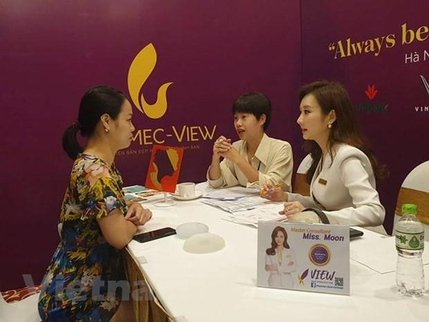 Chuyên gia làm đẹp nổi tiếng Hàn Quốc tư vấn thẩm mỹ cho phụ nữ Việt - Ảnh 1.